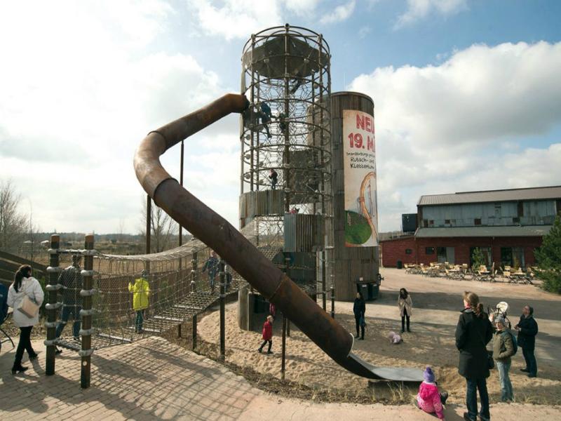 Thiết bị vui chơi bằng dây: Tháp Leo trèo dạng Silo